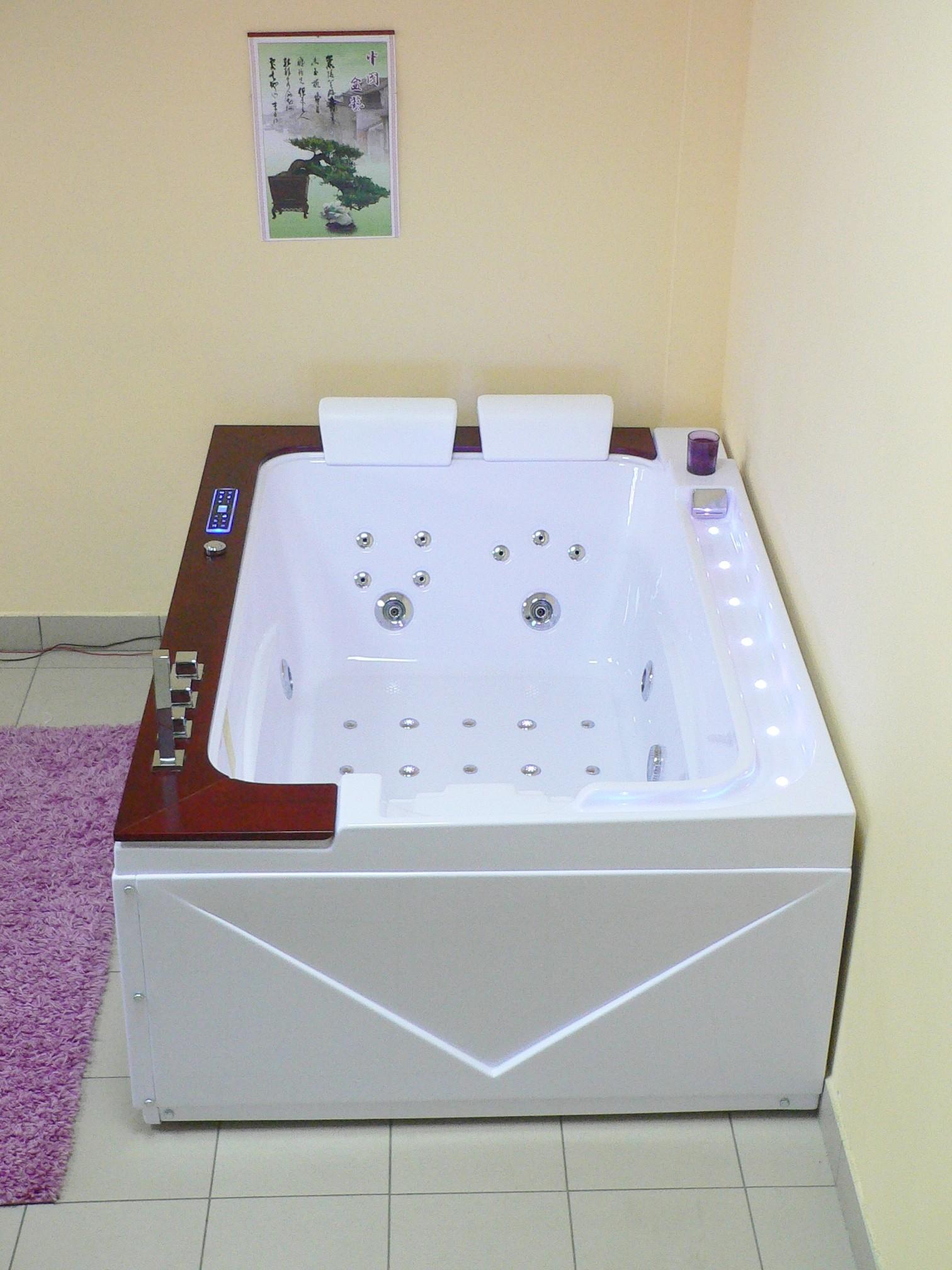 Treg W60 Wanna prostokątna z hydromasażem 170x120 + DESKA